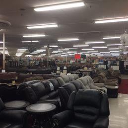 Shep s discount 40 fotos 14 beitr ge discounter for Affordable furniture jacksonville fl