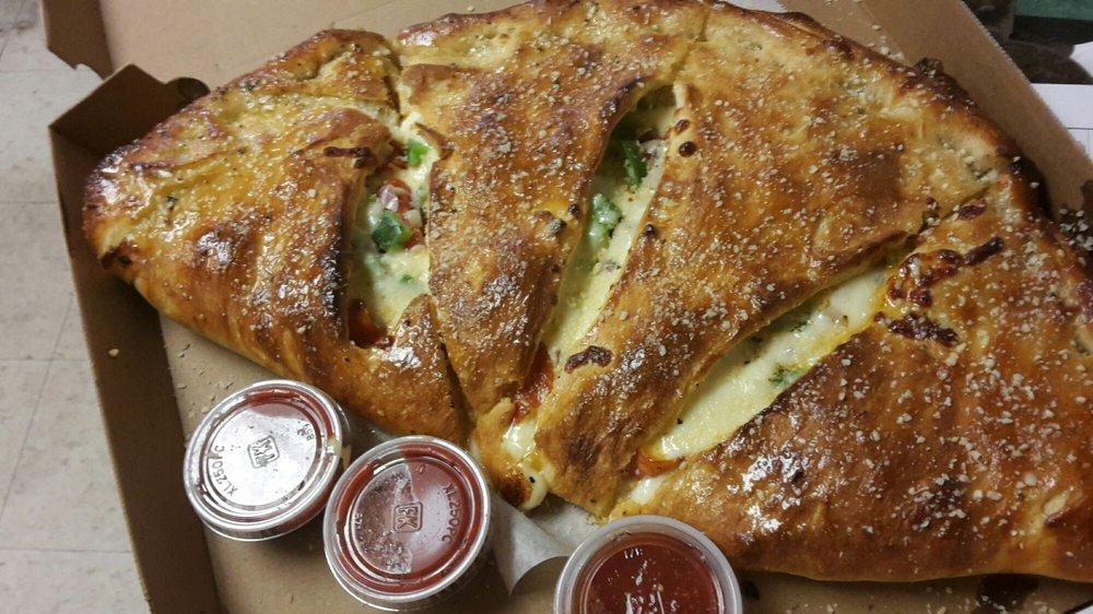 Bb's Pizzeria: 103 East Ave, Newark, NY