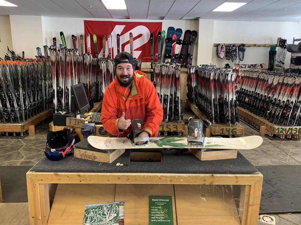 Snowy Range Ski Area: 3254 State Hwy 130, Centennial, WY