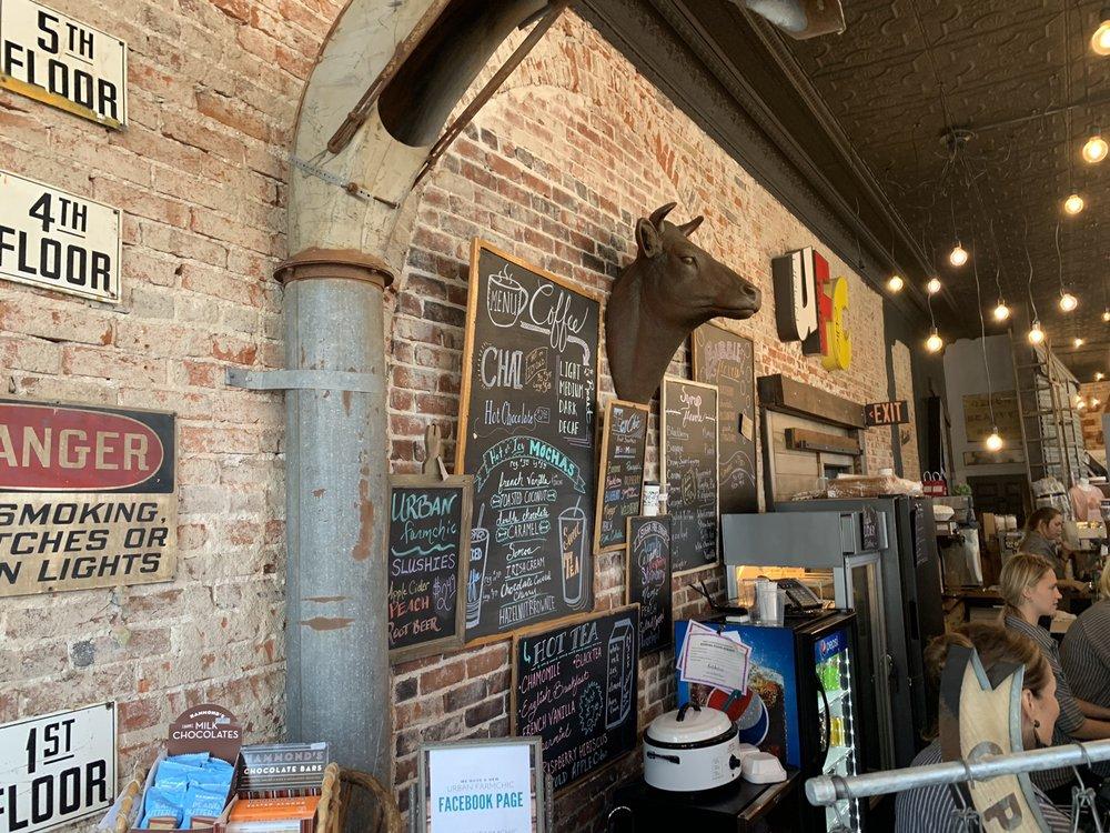 Urban Farmchic: 102 S Market St, Rockville, IN