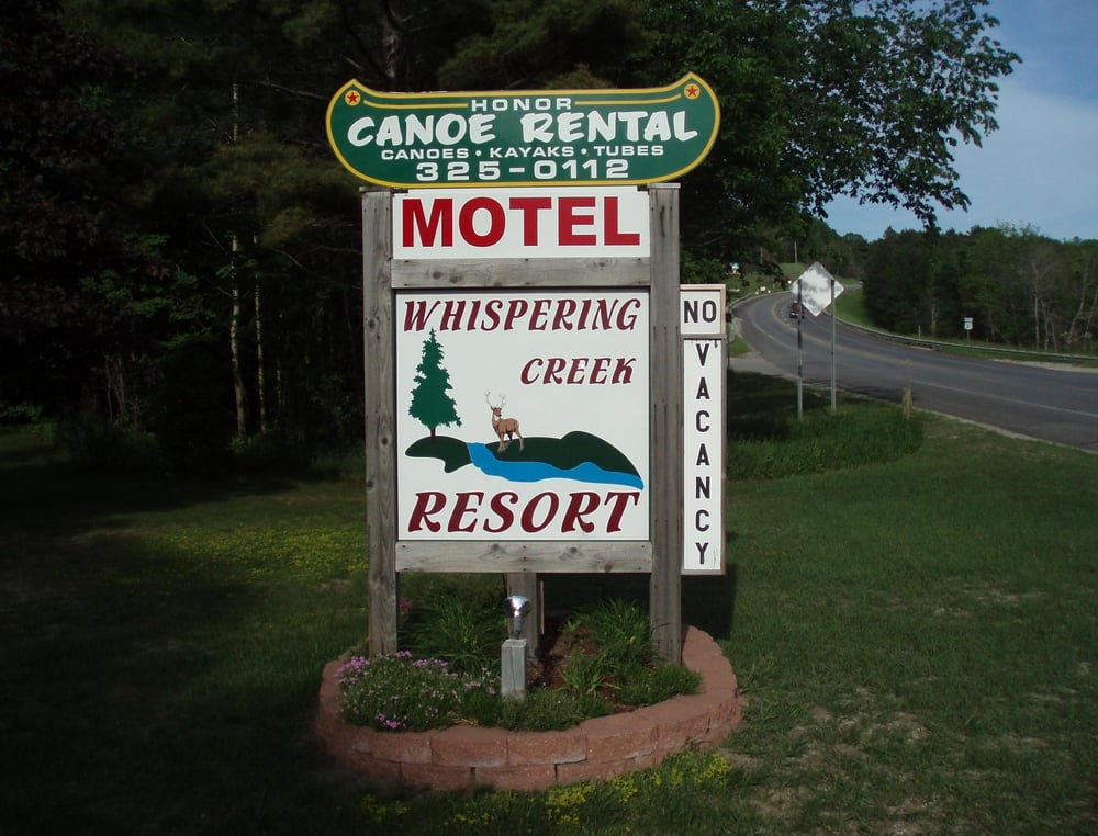 Whispering Creek Resort: 2212 Valley Rd, Honor, MI