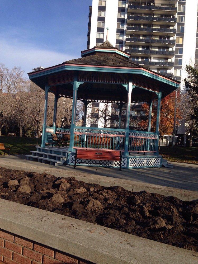 Edmonton: Grant Notley Park Gazebo
