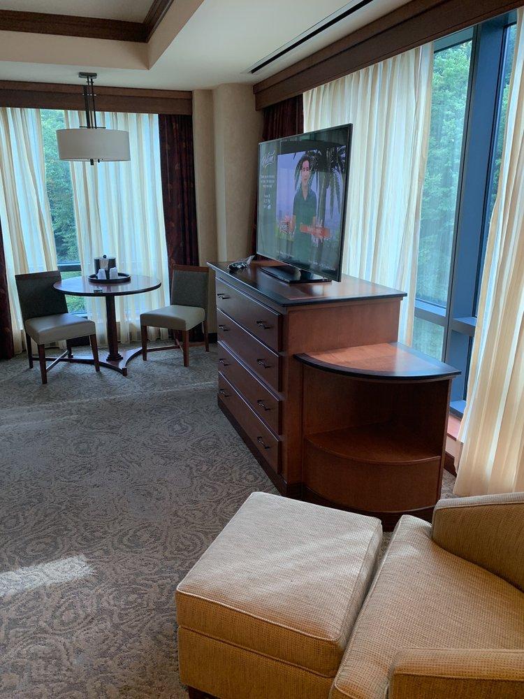 Seneca Allegany Resort & Casino: 777 Seneca Allegany Blvd, Salamanca, NY