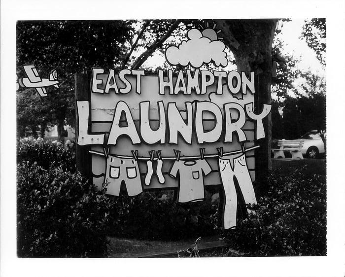 East Hampton Laundry: 497 Montauk Hwy, Amagansett, NY