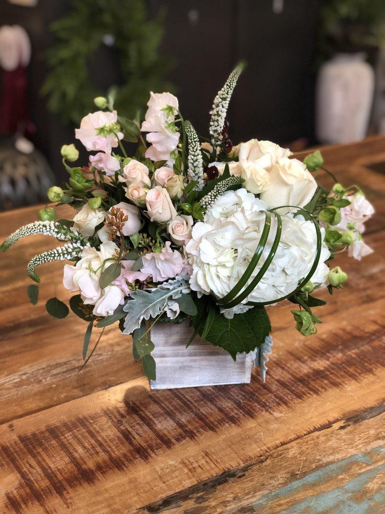 Carousel Flowers Elmhurst - Flowers Healthy