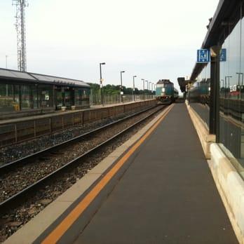 Aldershot Go Station Public Transportation 1199 Waterdown Rd