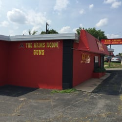 The Arms Room - CLOSED - 10 Reviews - Guns & Ammo - 5800 S Blvd ...