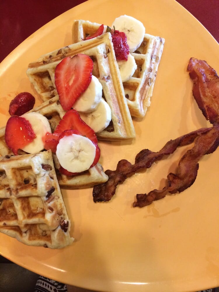 Love love LOVE the nutty Texan, a delicious pecan Waffle topped with ...