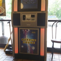 Waffle house 11 fotos e 13 avalia es caf da manh for Waffle house classic jukebox favorites