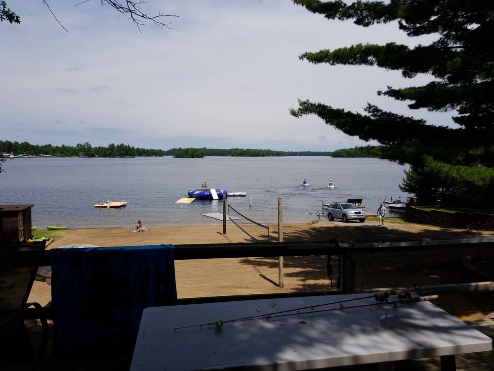Bay View Lodge: 12038 Harbor Ln, Crosslake, MN