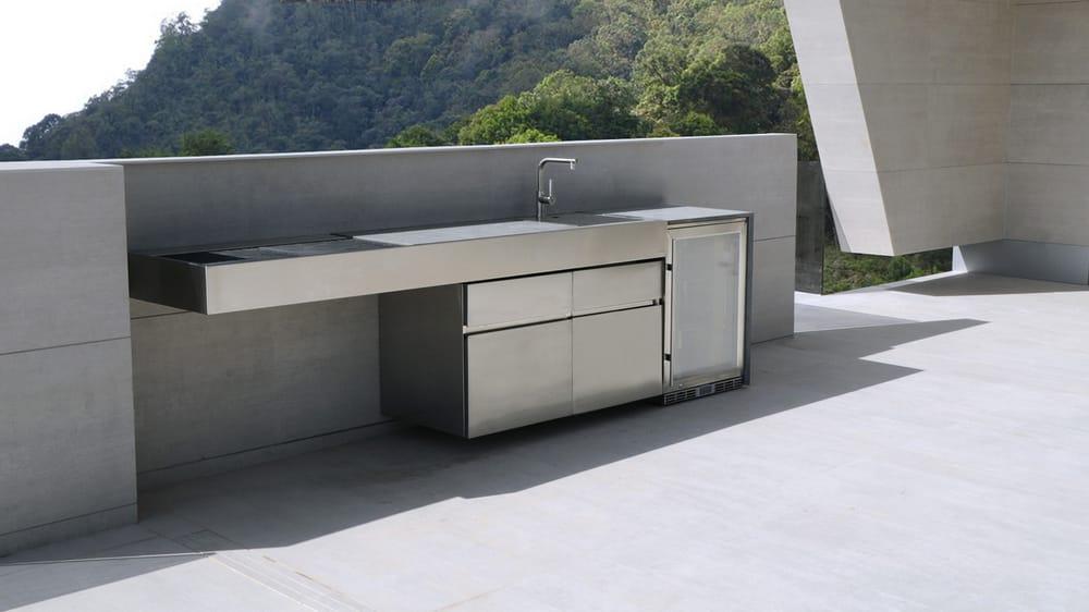 Cucina da esterno in acciaio inox componibile su misura - Yelp