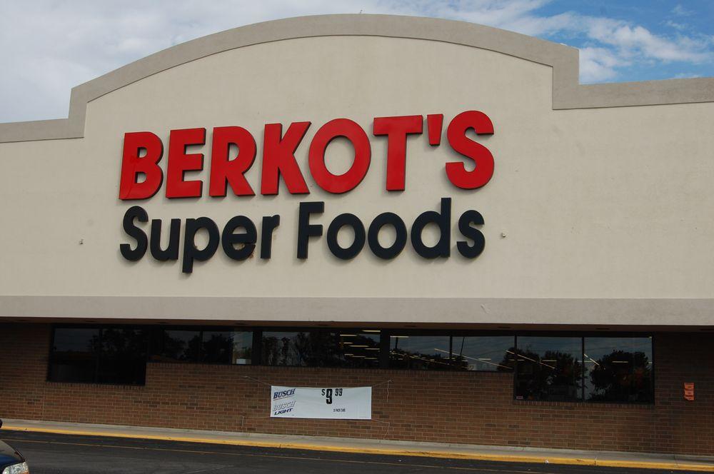Berkot's Super Foods- Watseka: 1152 E Walnut St, Watseka, IL