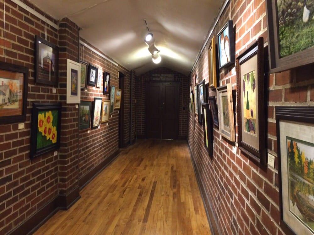 Klamath County Museum: 1451 Main St, Klamath Falls, OR