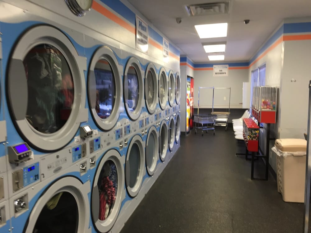 Boulevard Laundry: 1310 E Boulevard Ave, Bismarck, ND
