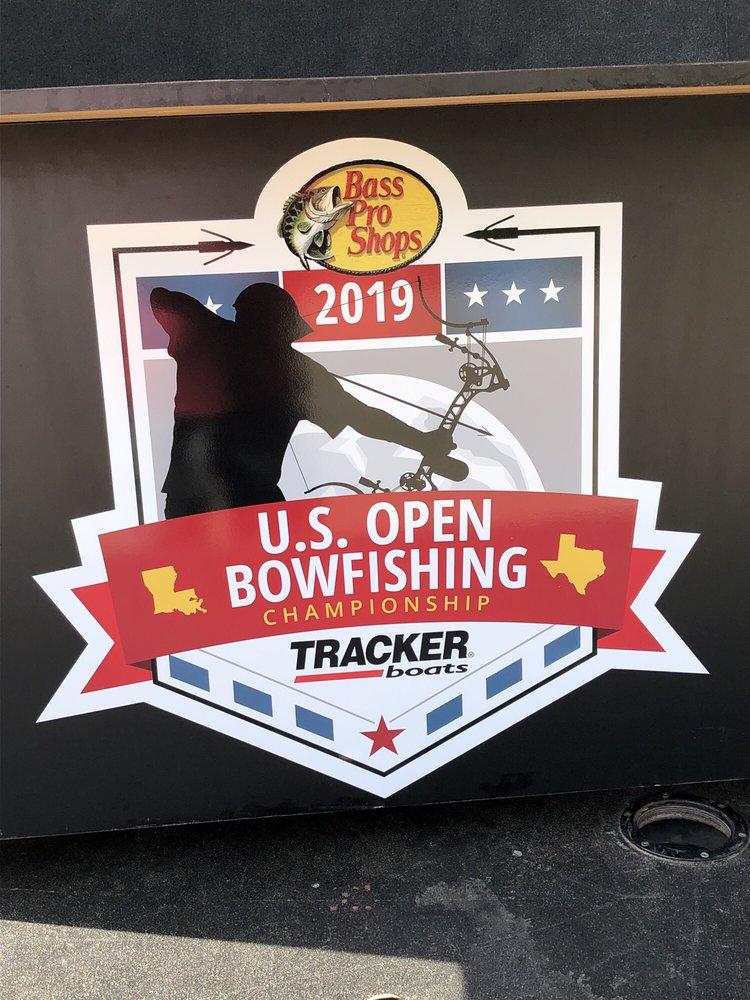 Bass Pro Shops: 100 Bass Pro Dr, Bossier City, LA