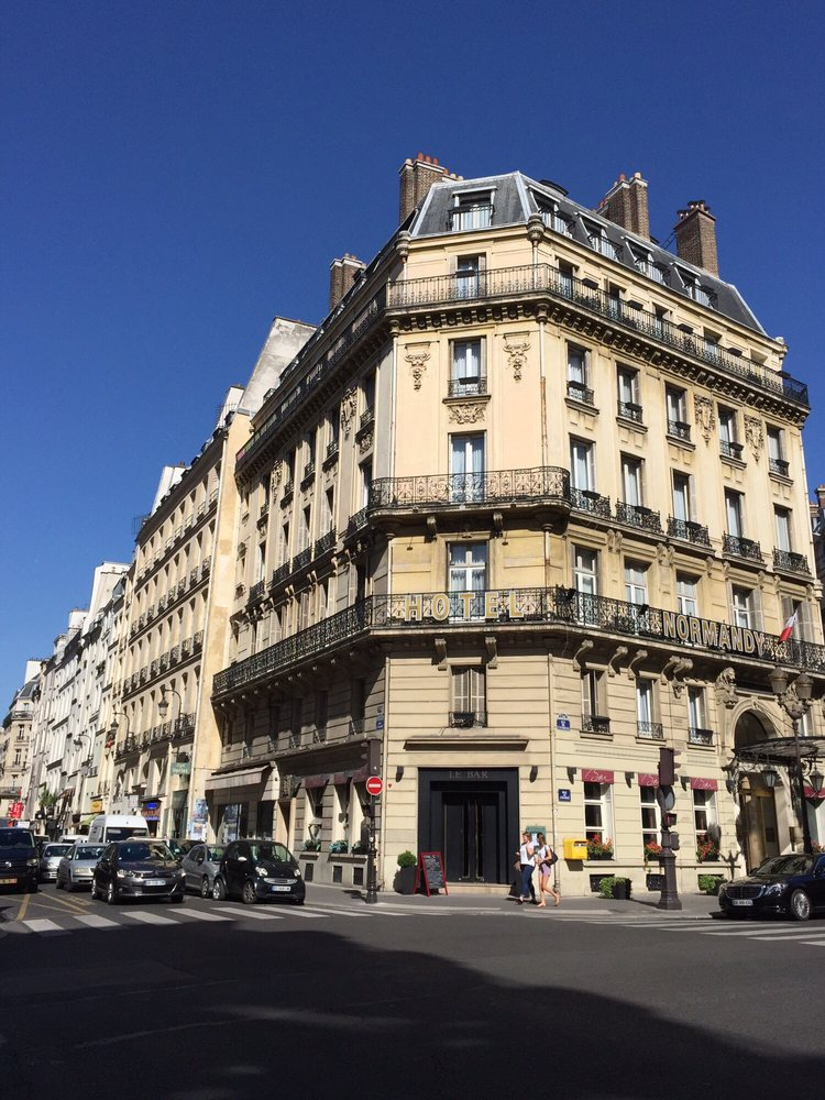 Normandy h tel 13 avis h tels 7 rue de l 39 echelle for Hotel france numero