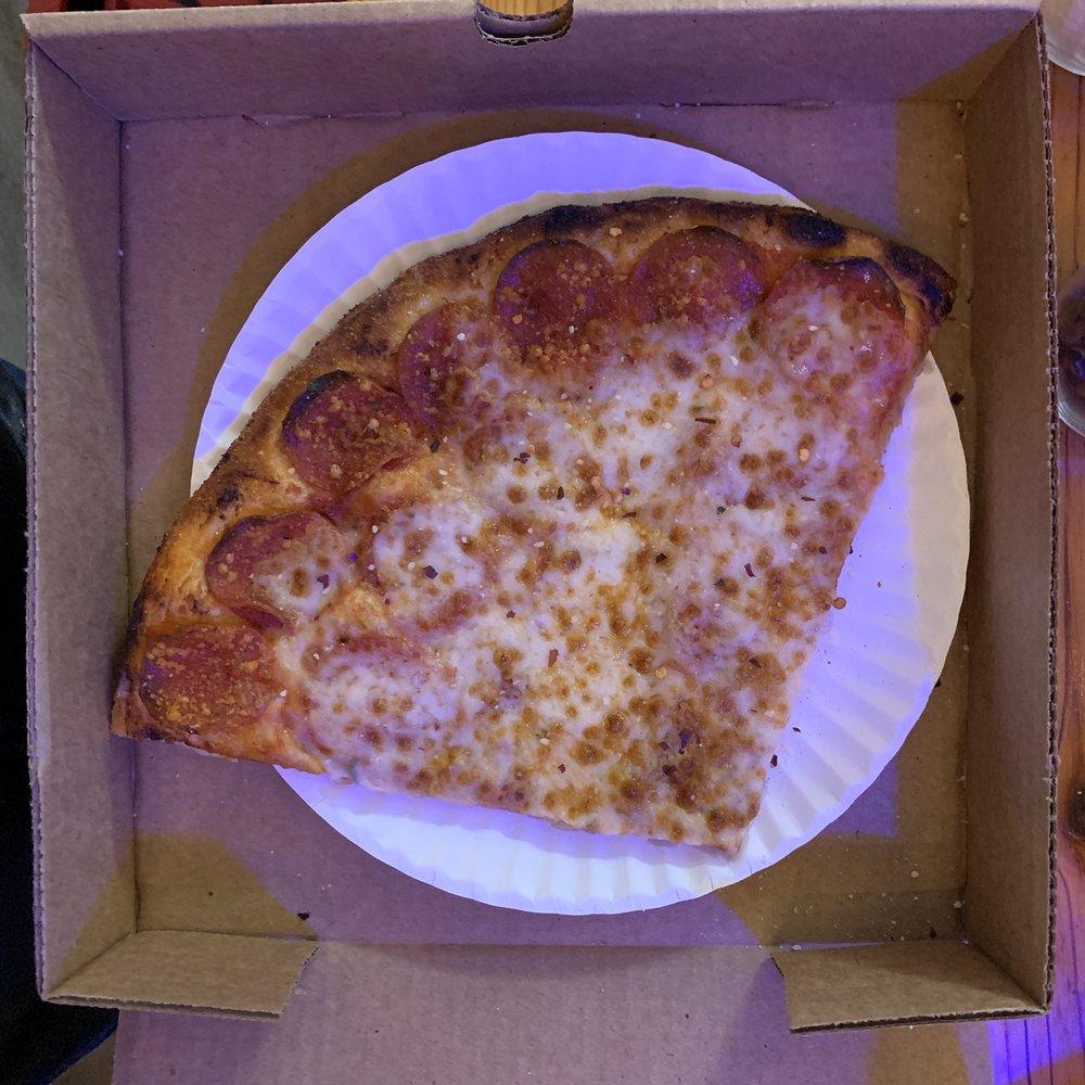 Cartecay River Pizza Company: 2400 Hwy 52 E, Ellijay, GA