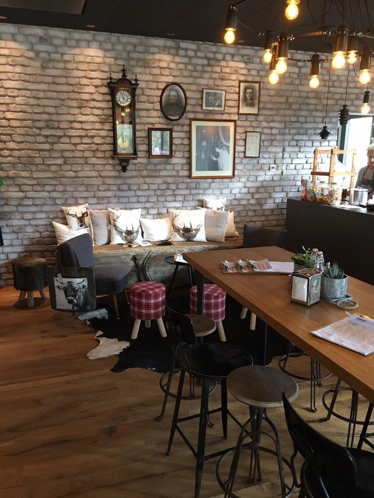Mathilde Kaffeewein Café Schambachhof 3 Endingen Am