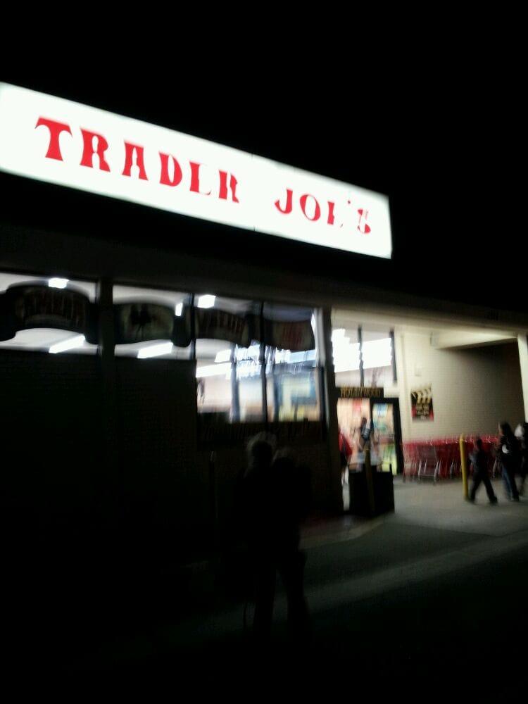 trader joe s 28 photos 140 reviews grocery 7310 santa monica blvd west hollywood ca. Black Bedroom Furniture Sets. Home Design Ideas