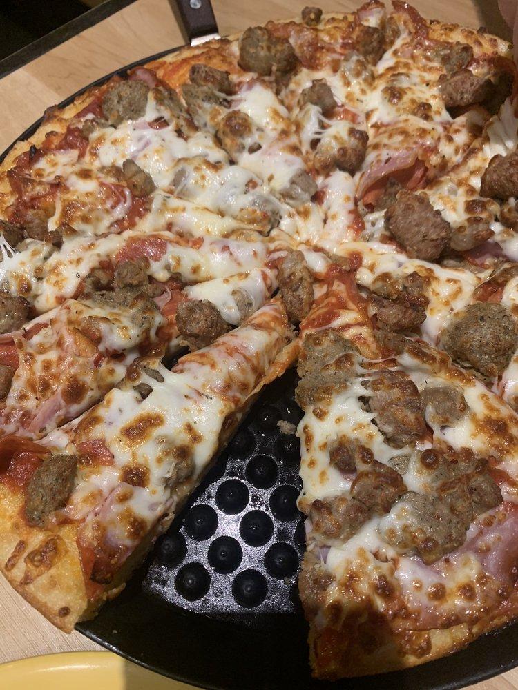 Pizza 9 - Alamogordo: 3199 N White Sands Blvd, Alamogordo, NM
