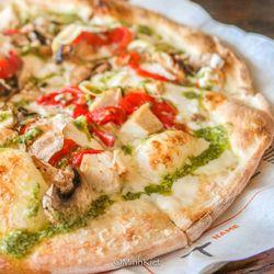 lit pizza 110 photos 99 reviews pizza 3930 burbank dr baton