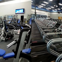 Crunch Fitness 14 Photos 11 Reviews Gyms 9055 Roan Ln Palm Beach Gardens Fl Phone
