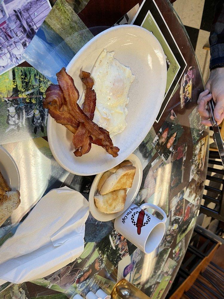 Rolling Pin Cafe: 2565 E Huntsville Rd, Fayetteville, AR