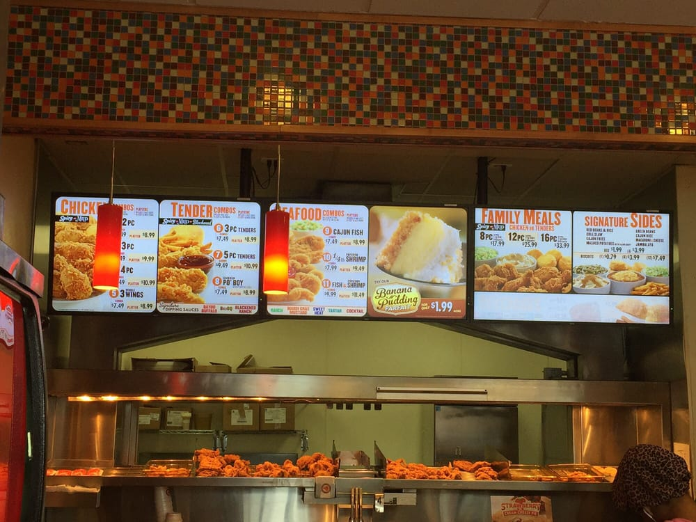 Popeyes History. Popeyes was founded by Al Copeland in as Chicken on the Run. The first restaurant was located in Arabi, Louisiana. After initially losing money, Copeland changed the recipe to a spicier blend and re-opened the restaurant as Popeyes Mighty Good Fried Chicken.