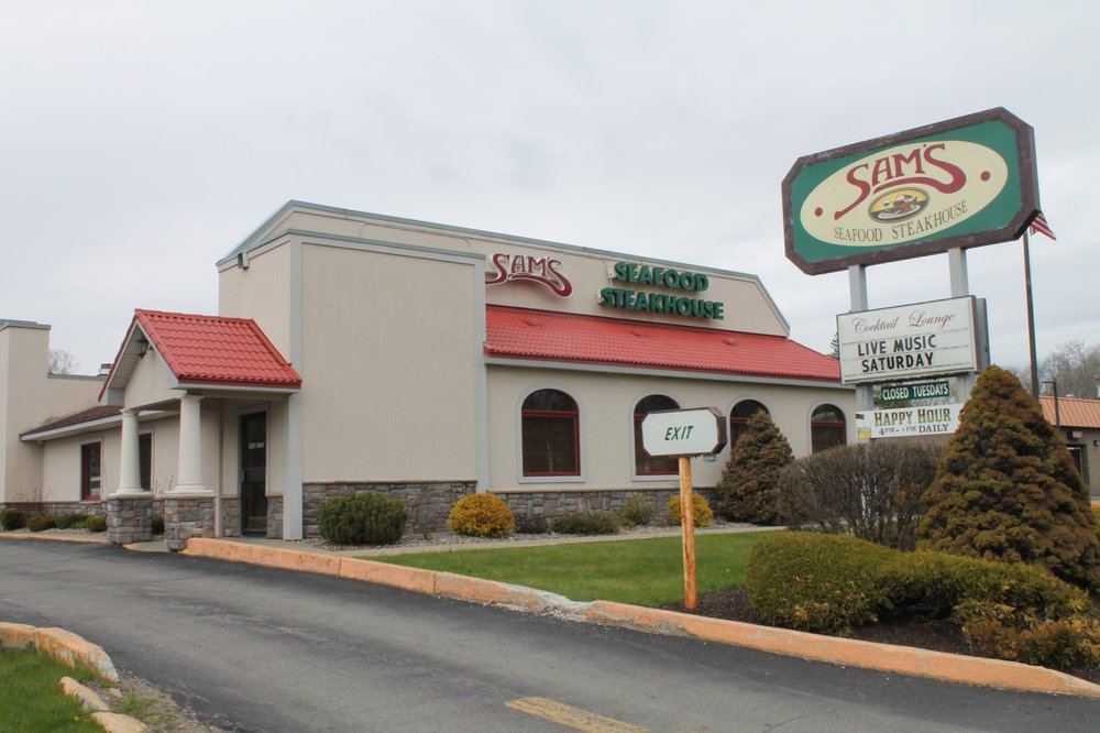 Sam's Seafood Steakhouse: 281 N Comrie Ave, Johnstown, NY
