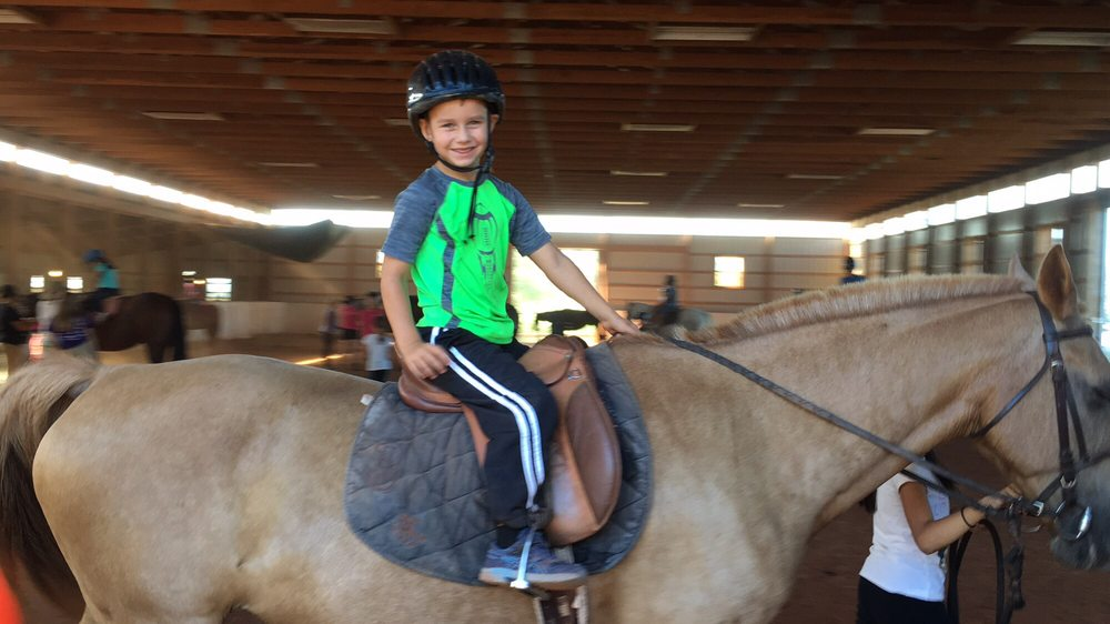 Battlefield Park Polo Club & Equestrian Center: 5704 Pageland Ln, Gainesville, VA