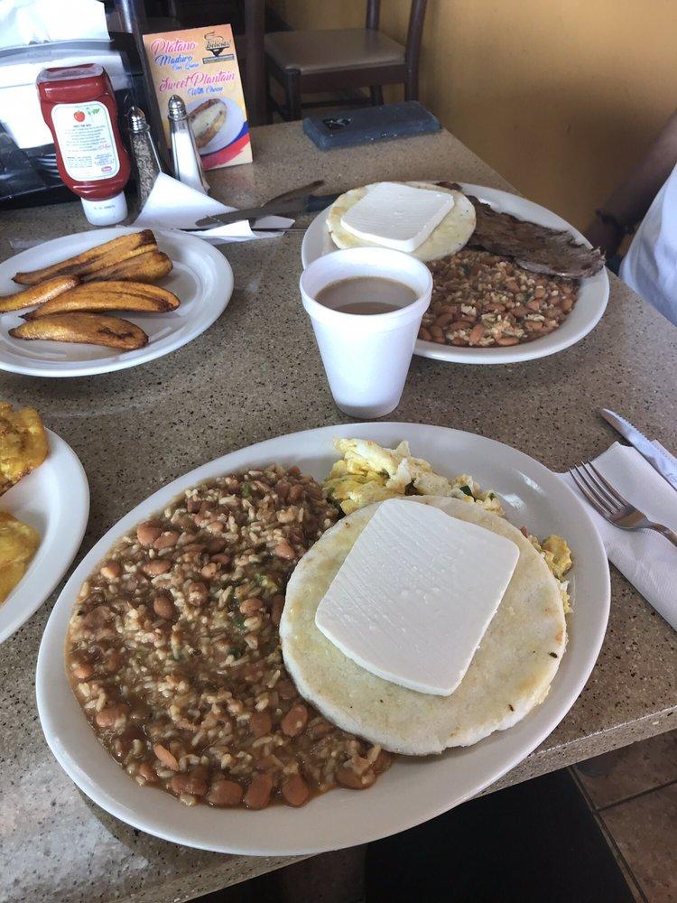 Las Delicias: 421 N Main St, Mauldin, SC