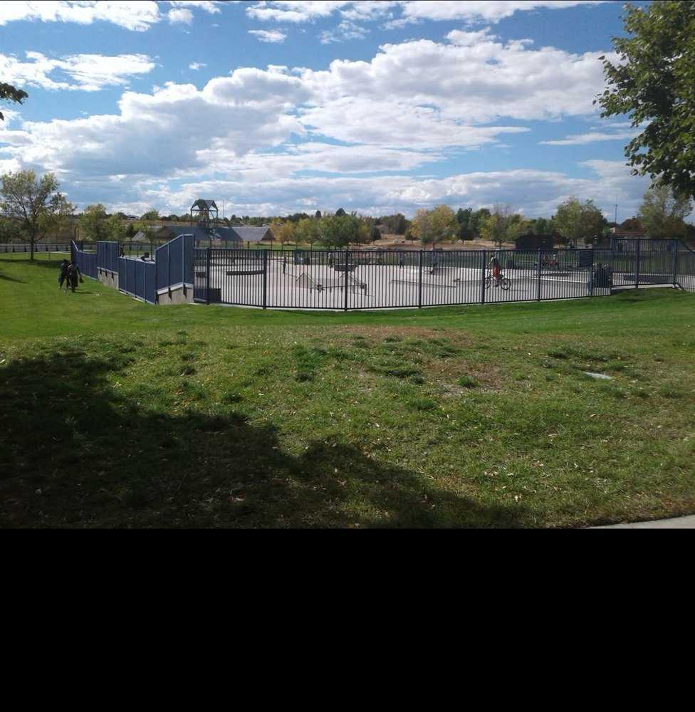 Aurora Skate Park: 2500 S Wheel Park Cir, Aurora, CO