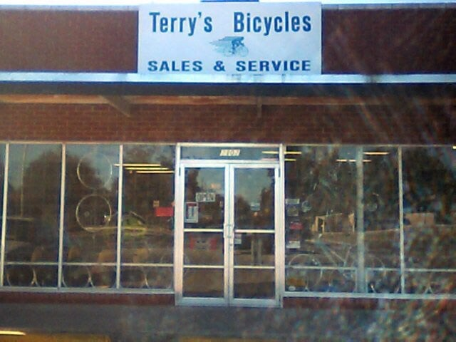 Terry's Bicycles: 2102 W Gore Blvd, Lawton, OK