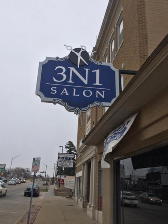 3 N 1 Salon: 5907 Maple St, Omaha, NE