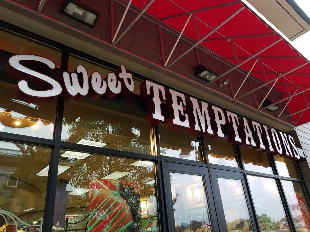 Sweet Temptations: 621 Miller Dr, Grand Haven, MI