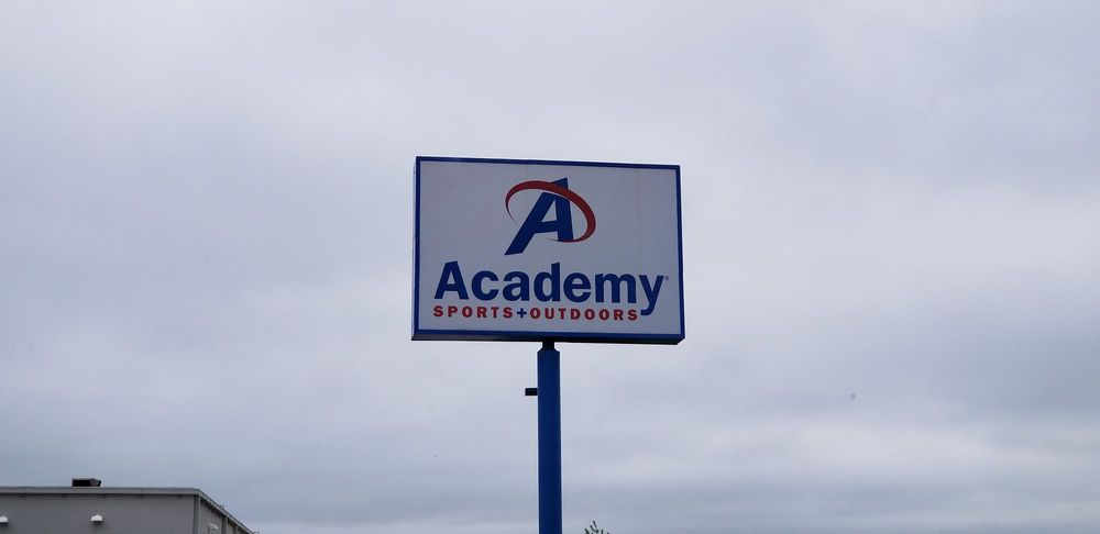 Academy Sports + Outdoors: 610 West El Camino Alto Dr, Springfield, MO
