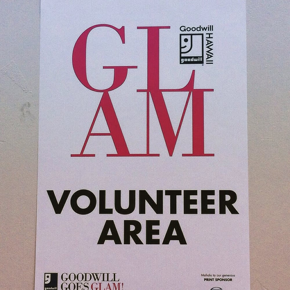goodwill goes glam volunteers thrift stores 2610 kilihau st