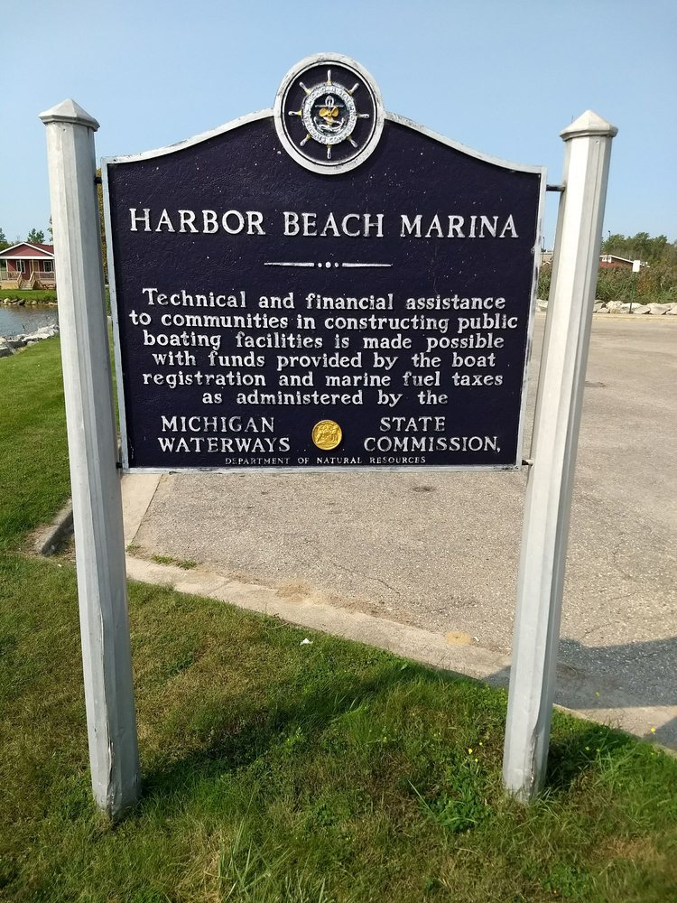 Harbor Beach Marina: 1 Ritchie Dr, Harbor Beach, MI