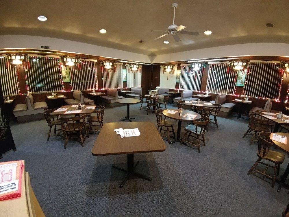 Golden Gate Restaurant: 700 Saint Clair Ave, Clairton, PA