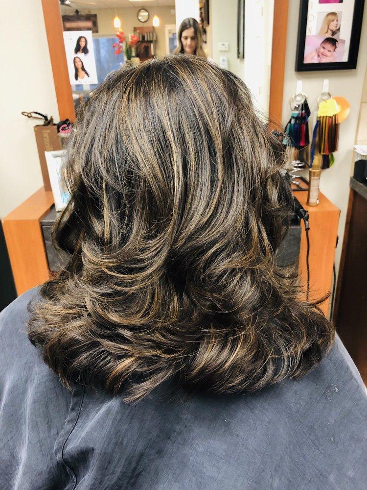 Scruples Hair Salon: 851 Rahway Ave, Woodbridge, NJ