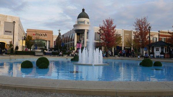 Easton Town Center 160 Easton Town Ctr Columbus Oh Shopping Centers