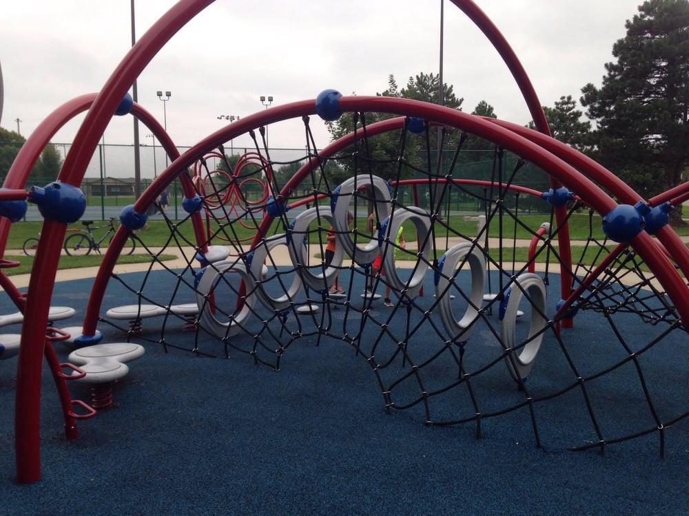 Hawkeye Park: 400 NW Ash Dr, Ankeny, IA