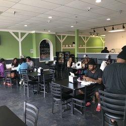 Ad Mo S Caribbean Cafè