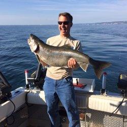 Optimum charters lake superior fishing 12 foton for Lake superior fishing charters