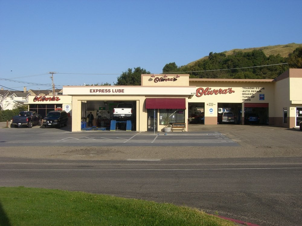Olivera's Auto Repair & Towing: 611 Ave Of The, Buellton, CA