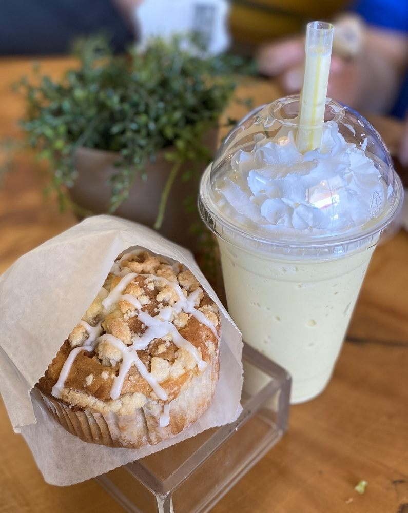 Xpresso Urban Cafe: 2681 Green River Rd, Corona, CA