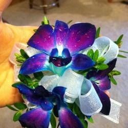 Photo Of The Wild Iris Gifts Botanicals Manitowoc Wi United States