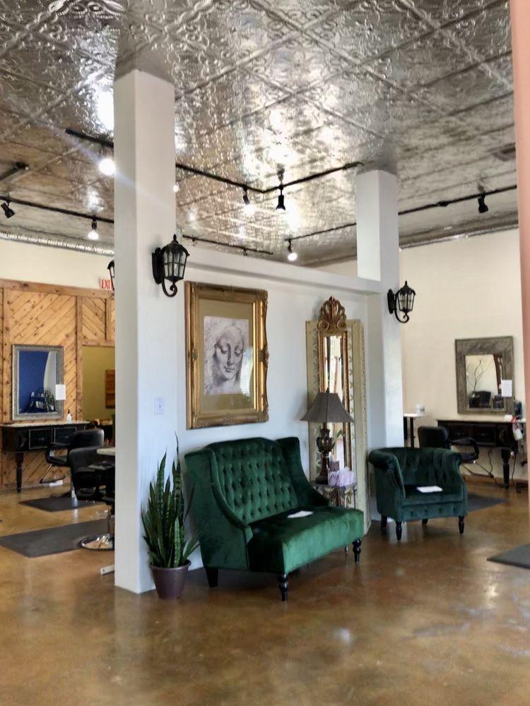 Salon De Mesilla: 1701 Calle De Mercado, Mesilla, NM