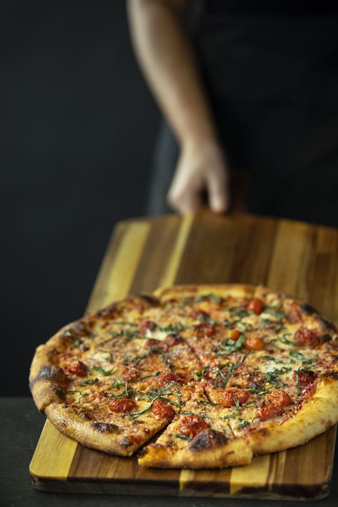 SPIN! Pizza: 2811 SW Fairlawn, Topeka, KS