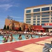 H2o pool bar 52 photos 21 reviews swimming pools - Tropicana atlantic city swimming pool ...
